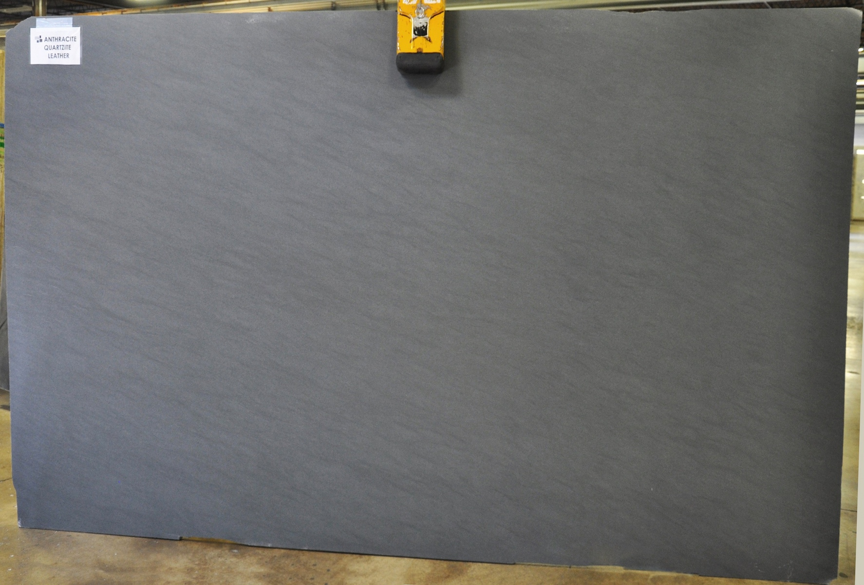 Anthracite 3 cm lot (1)