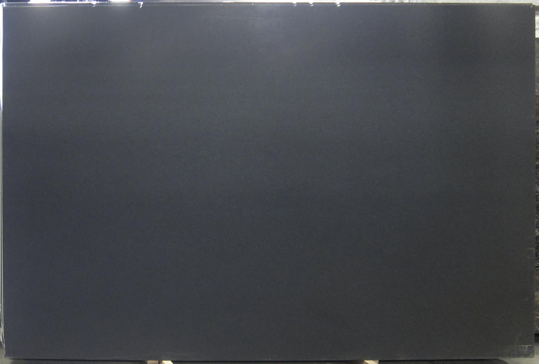 Black Absolute 3 cm lot (36)