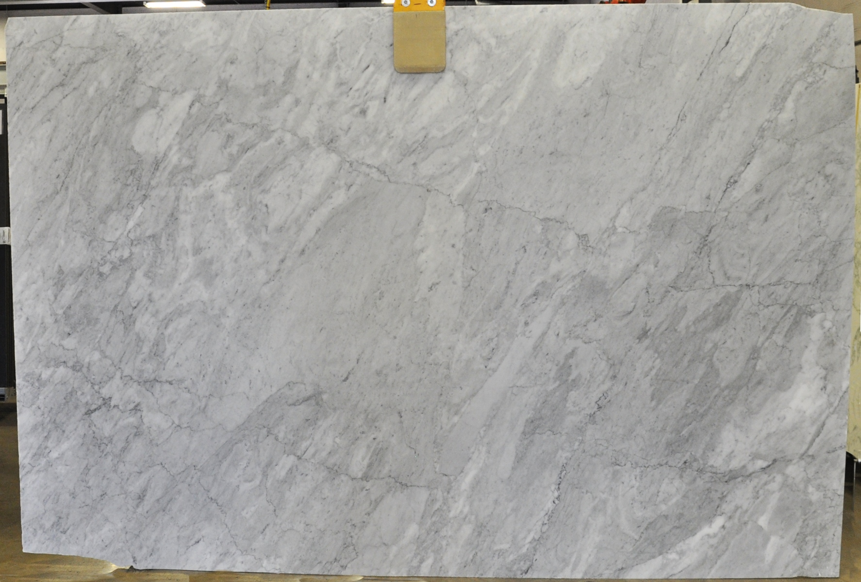 Petra Di Carrara 2 cm lot (1)