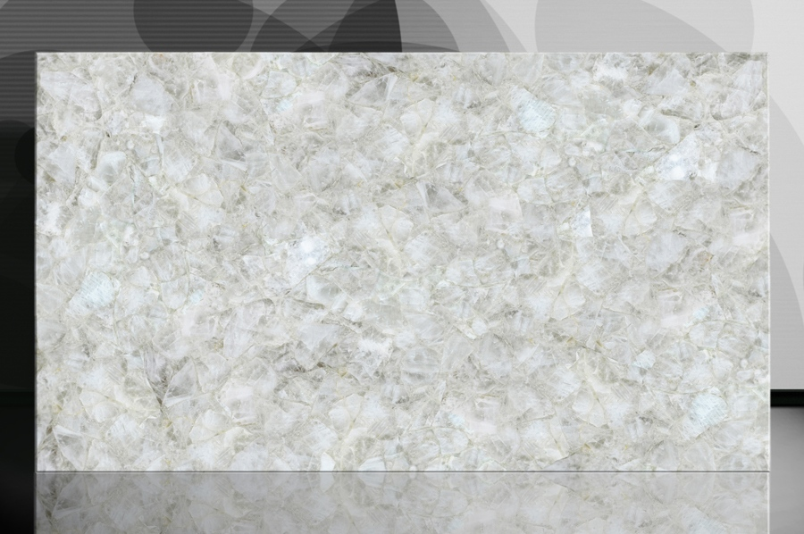 White 2 cm